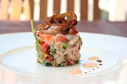 LOBSTER SALAD WITH WHITE BEANS, TOMATOES, ARUGULA & ONION RINGS