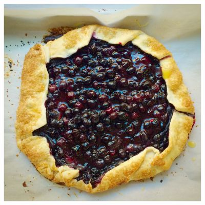Mom's Easy(ier) than Pie Blueberry Galette