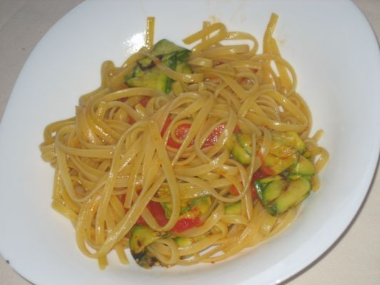 Linguine with Saffron Zucchini