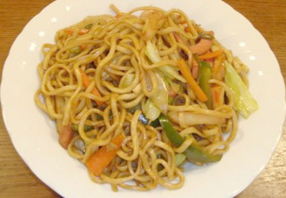 Yakisoba (Japanese fried noodle)