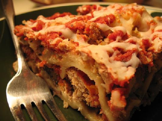 a summary of the recipe for hot cheesy lasagna