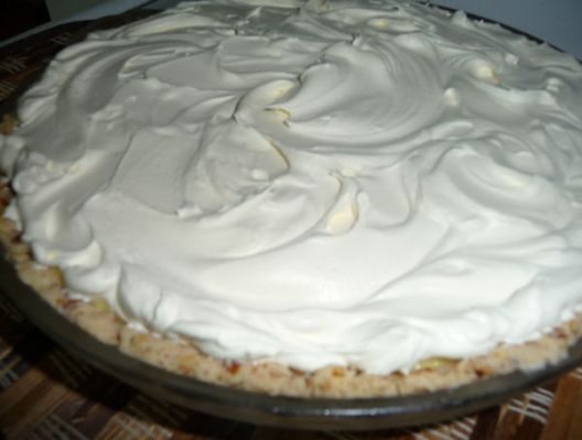 NO BAKE BANANA CHEESECAKE PIE (using premade OR baked crust)