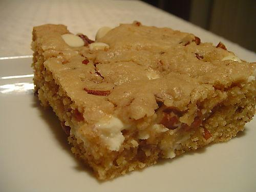 White chocolate and pecan blondies