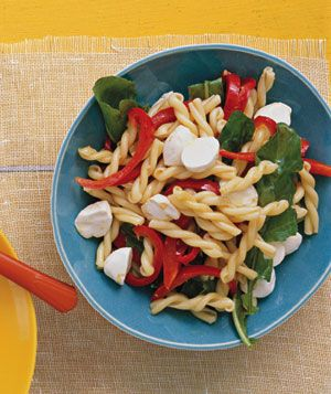 Pasta with Peppers and Mozarella