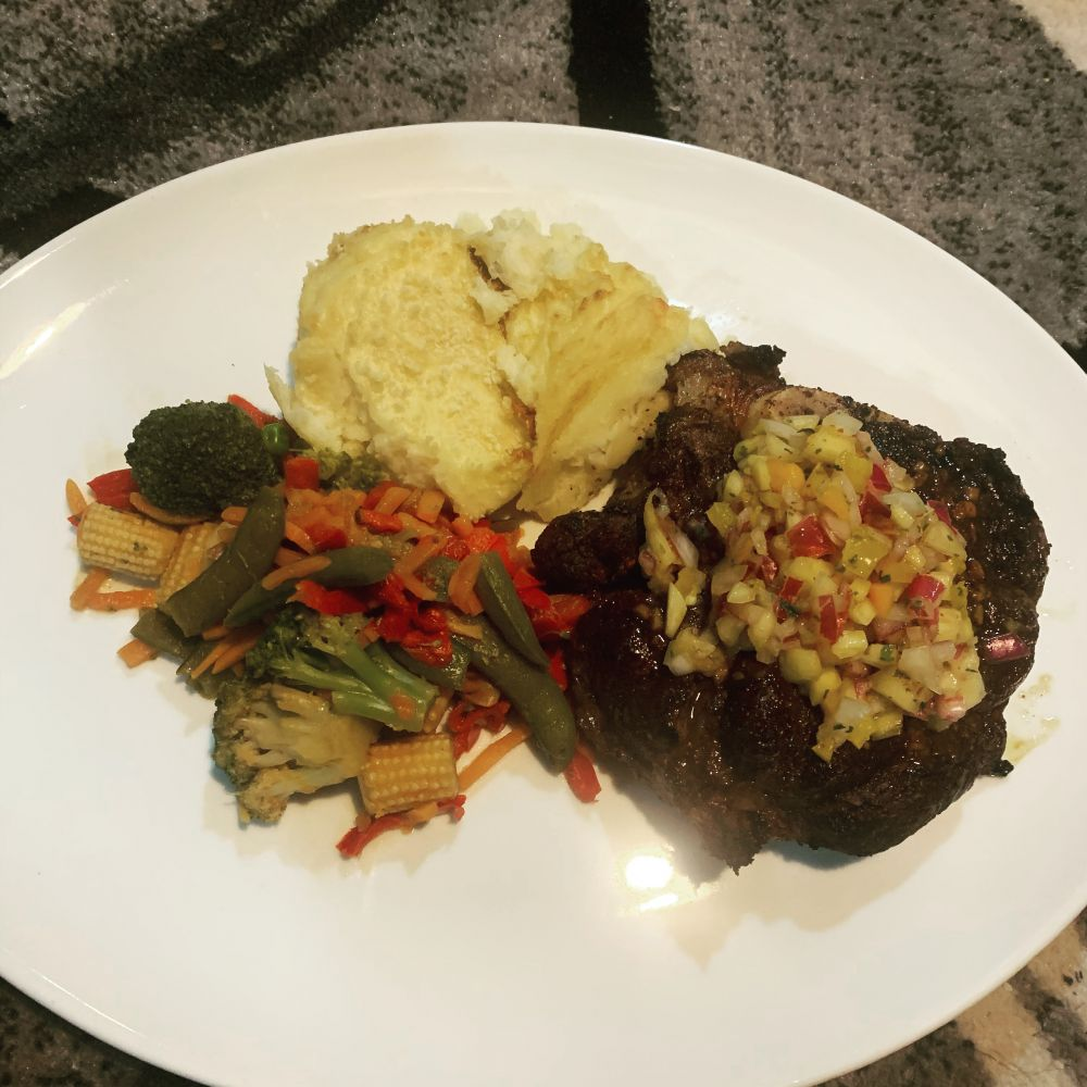 Steak served with Baked Mashed Potatoes & Stir Fry Veggies