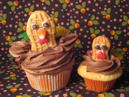 My Turkey cupcakes featured on CakeSpy