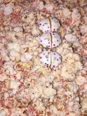 Antonio and Eddie's white choco popcorn