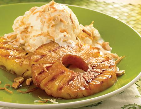 Grilled Pineapple Rings with Ice Cream