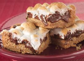 Warm Toasted Marshmallow S'more Bars