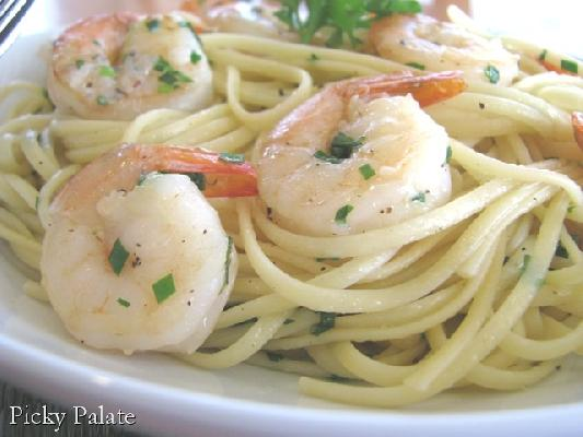 Simple Shrimp Scampi Linguini