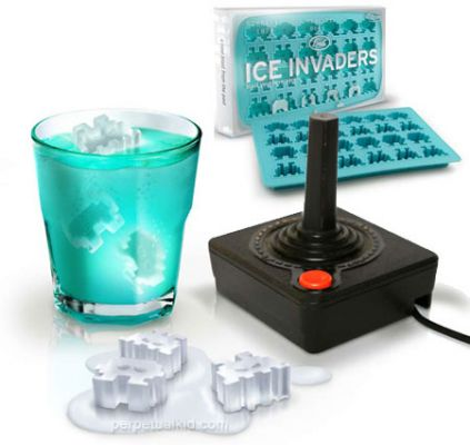 Ice Invaders Ice Tray - http://www.perpetualkid.com/index.asp?PageAction=VIEWPROD&ProdID=3337&dc=bake