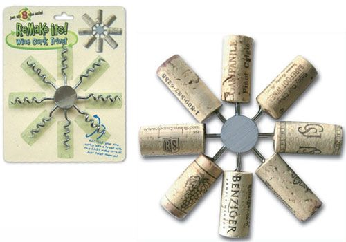 WINE CORK TRIVET - http://www.perpetualkid.com/index.asp?PageAction=VIEWPROD&ProdID=2822&dc=bakespace