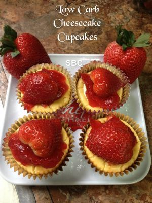 Low Carb Cheesecake Cupcakes
