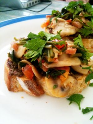 Mushroom, Tomato and Bacon Bruschetta on Toasted Sourdough