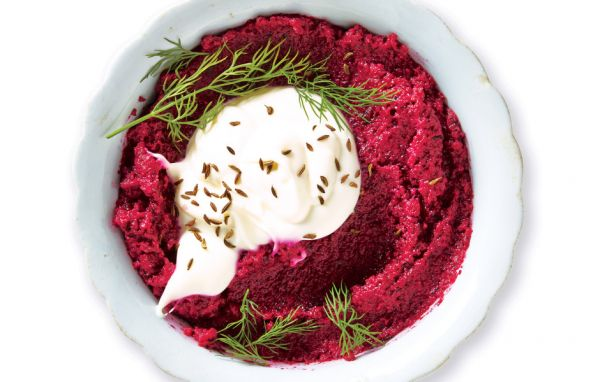 Roasted beet and Walnut Dip