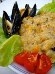 Mussels with quinoa and olives