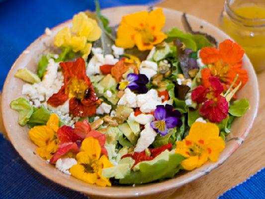 Green Salad with Nasturtiums (Gorgeous)