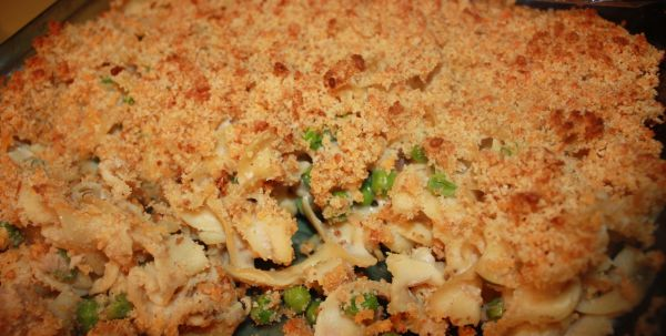Tuna Noodle Casserole W Cheese Crumb Topping On Bakespace Com