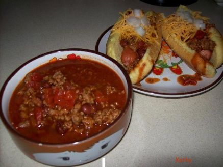 Sweet & Sassy Chili & Chili Dogs