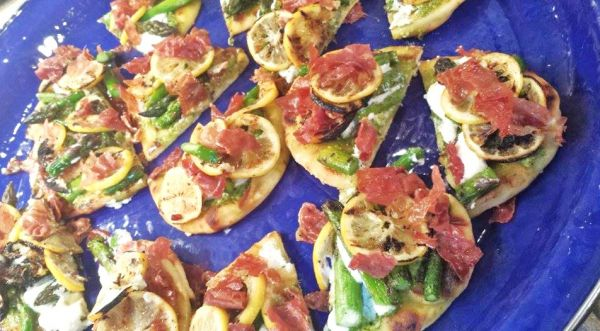 Grilled Meyer Lemon and Asparagus Pizzettes With Ricotta and Prosciutto