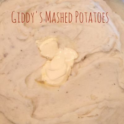 Giddy's  Scratch Mashed Potatoes make with Chicken Stock
