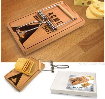 Oh Snap! Cheese Board & Cutter - http://www.perpetualkid.com/index.asp?PageAction=VIEWPROD&ProdID=3344&dc=bake