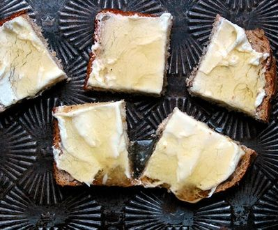Honey Cream Cheese Sandwiches
