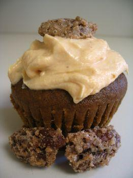 Pumpkin Chiffon Cupcakes with Sugared Pecans