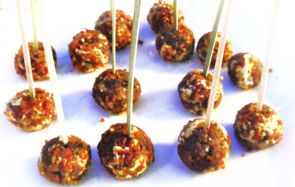 Blue Cheese and Bacon-Pecan Lollipops