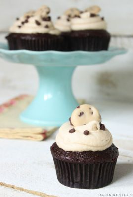 Chocolate Chip Cookie Dough Cupcakes 2