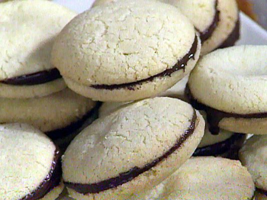Checkered Cookies in the Style of Piemonte: Baci di Dama