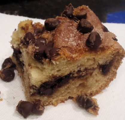 Cinnamon Chocolate Chip Sour Cream Cake