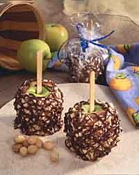 Turtle Caramel Apples