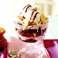 Banana Split Trifles