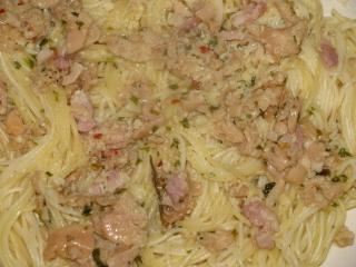 Spaghettini With White Clam Sauce