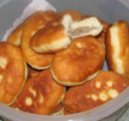 Fried Meat-filled Buns (pirozhki)