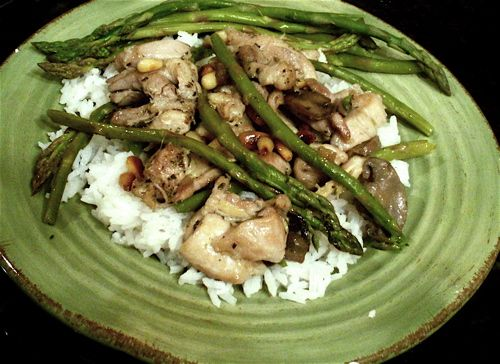 Chicken with Asparagus and Pine Nuts