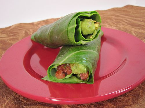 Guacamole Wraps with Spicy Pistachio Crunch