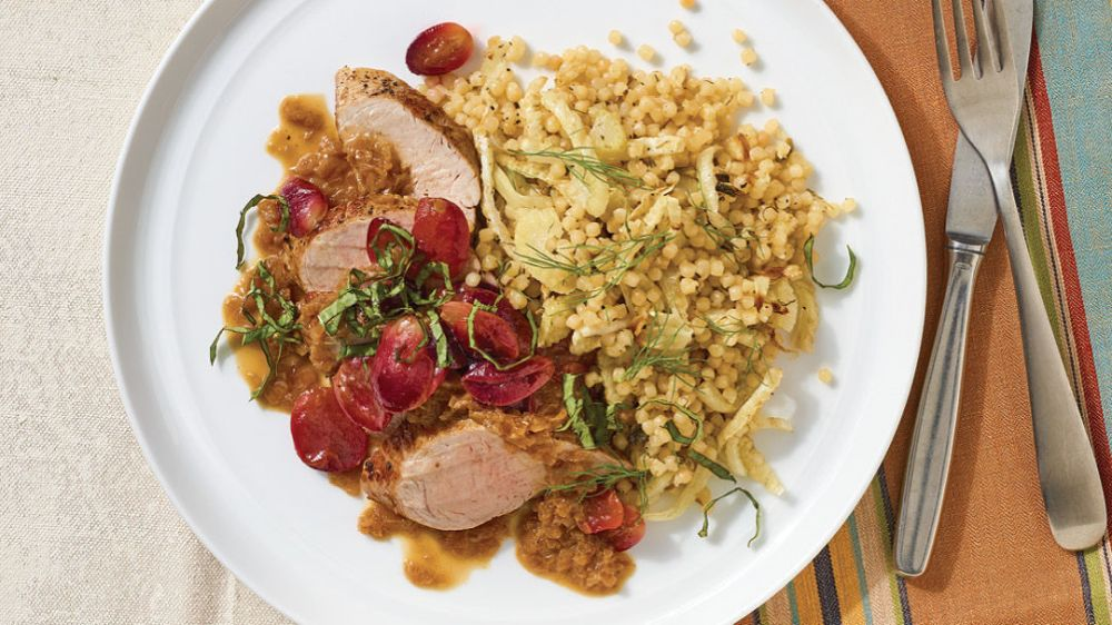 Pork Tenderloin with Pan-Roasted Grapes