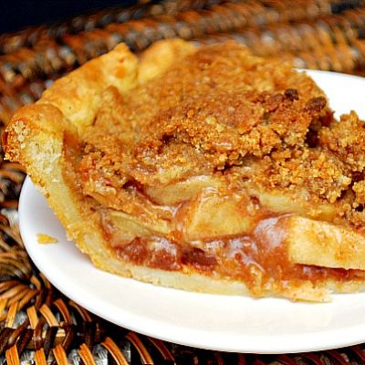 French Apple Pie with Butterflake Crust