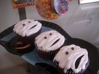 Yummy Mummy Devil's Food Cupcakes