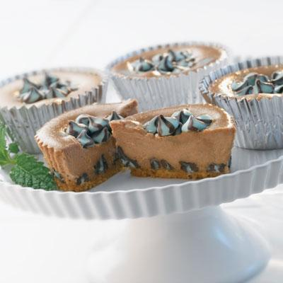 Swirld Chocolate Mint Mini Cheesecakes