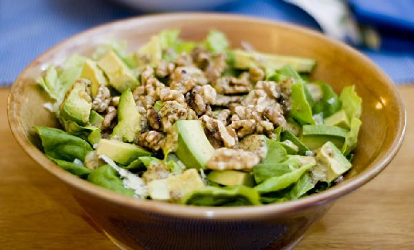 Simple alkaline salad with dijon dressing
