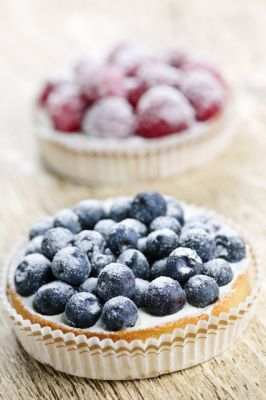 The Pure Pantry's Gluten Free Dairy Free Berry Cheesecake Tartlets