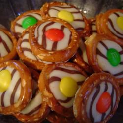 Chocolate Pretzel Rings