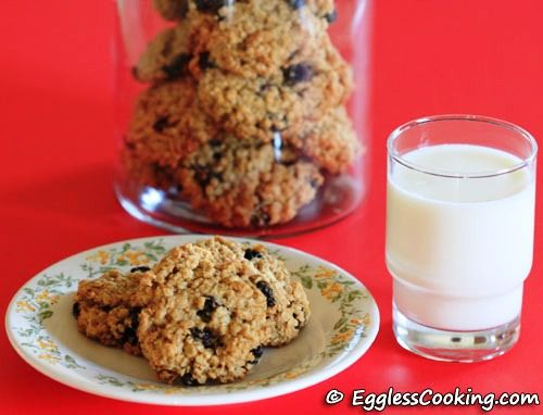 Outrageous Oatmeal Raisin Cookies