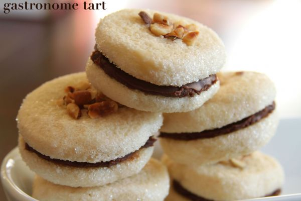 Vanilla Bean Sandwich Cookies with Nutella Ganache