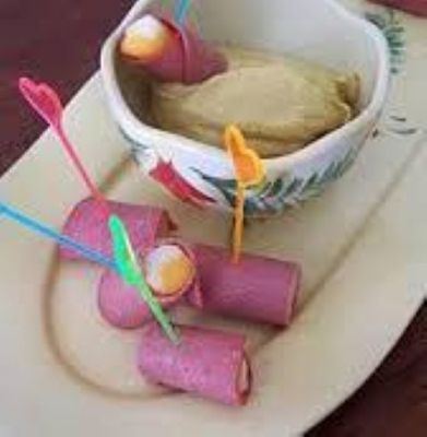 Bologna and Cheese Rollups