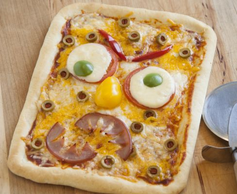 Monster Face Pizza