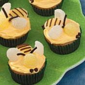 There's a bee on my cupcake!!!